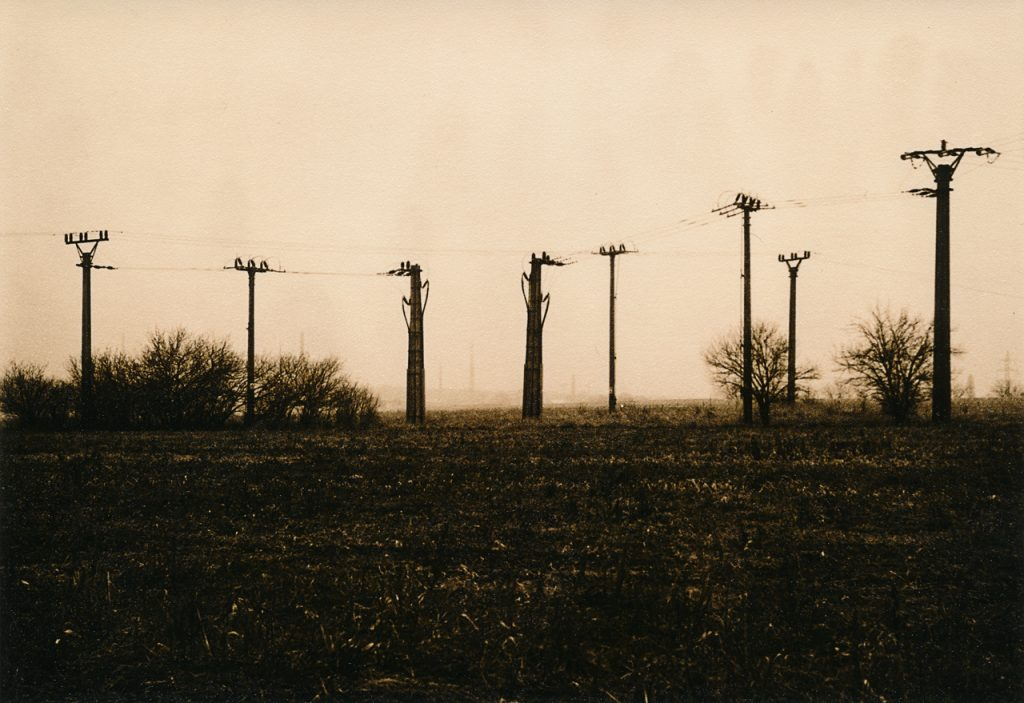 Analog black white Lith Print Lith Moersch SE5 Silver Gelantine Pentacon Six 80mm 120 6x6 Ansco Pole Tower Mast Masten electricity Rodinal Foma Fomapan grass grassland Tree autumn